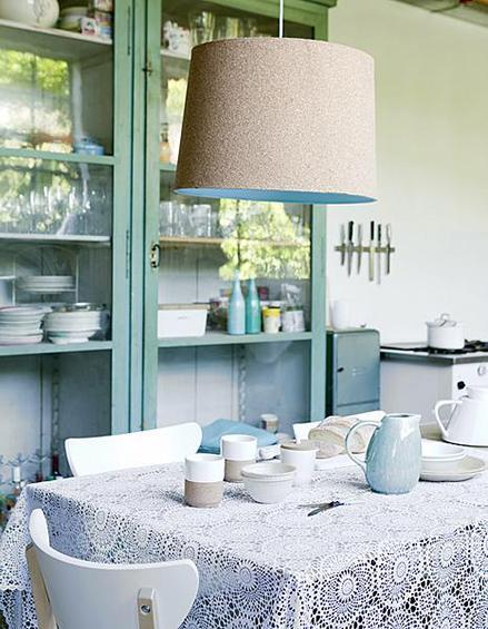 Una casa decorada en mint y blanco paperblog - Casas decoradas en blanco ...