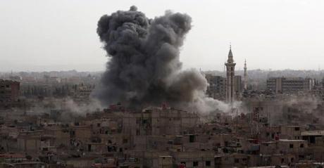 Rusia está bombardeando enemigos de Bashar Al-Assad