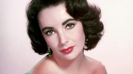 Elizabeth Taylor - 20 Rostros del maquillaje