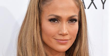 Jennifer Lopez - 20 Rostros del maquillaje