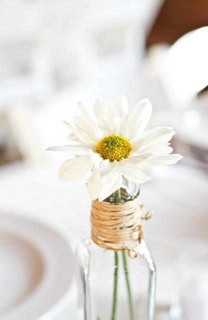 Sencillos centros de mesa paperblog for Centros de mesa para bodas sencillos y economicos
