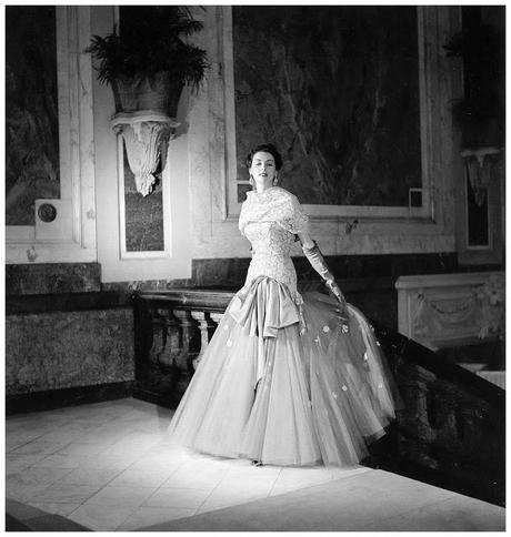 model-in-tulle-and-lace-evening-gown-by-jeacques-heim-photo-by-willy-maywald-paris-1950