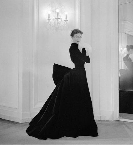 fashion-photograph_Jacques-Griffe-1952_Photo-by-Willy-Maywald
