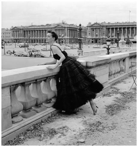 model-in-tulle-confection-by-jacques-griffe-photo-by-willy-maywald-paris-1958