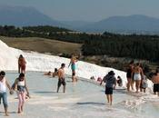 Pamukkale: piscina infinita plena naturaleza