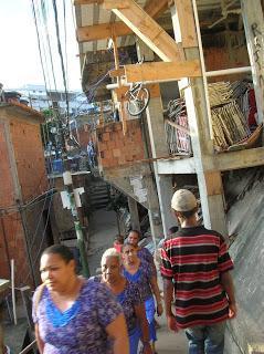 Favela Catangalo Pavao, Río, Brasil, La vuelta al mundo de Asun y Ricardo, round the world, mundoporlibre.com