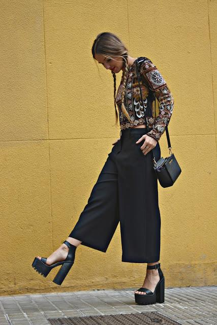 EMBROIDERED TOP & CULOTTE PANTS