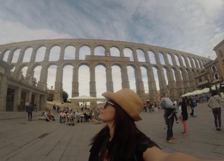 Acueducto de Segovia. Selfie Mari Trini Giner con GoPro3+
