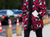 Tendencias moda: abrigos estampados color para animar frío invierno
