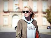 Nuestra bloguera moda @Loqllevelarubia trae hoy… Sportstyle