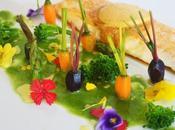 Lubina mantequilla especias, jardín verduras licuado espinacas.