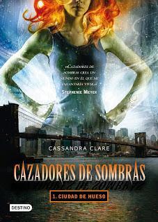 Reseña# CAZADORES DE SOMBRAS. CIUDAD DE HUESO de CASSANDRA CLARE