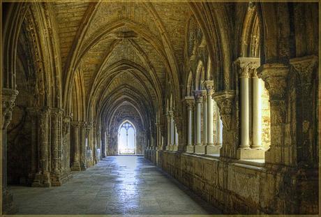 La catedral de Lisboa, su puerta santa y los pentagramas iniciáticos...