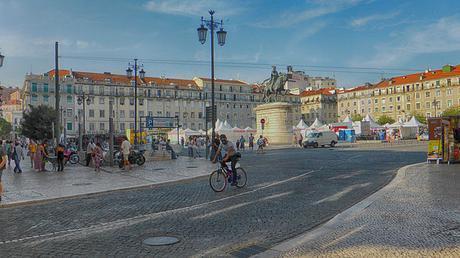 Lisboa y La Baixa: teatros, cafés, licores...y un hospital de muñecas.