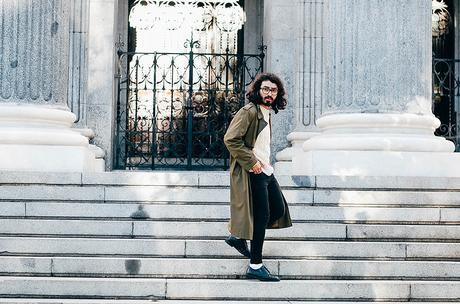 glamournarcotico-Im-the-one-who-drives-for-you-at-night-outfit-shore-projects-clock-vitnage-coat-menswear-fashionblogger-street-style-charlie-cole (6)