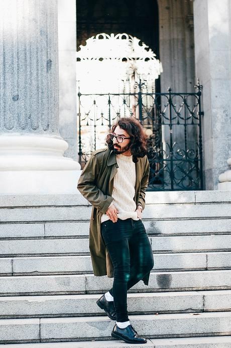 glamournarcotico-Im-the-one-who-drives-for-you-at-night-outfit-shore-projects-clock-vitnage-coat-menswear-fashionblogger-street-style-charlie-cole (7)