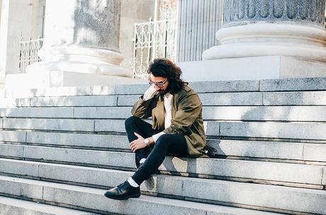 glamournarcotico-Im-the-one-who-drives-for-you-at-night-outfit-shore-projects-clock-vitnage-coat-menswear-fashionblogger-street-style-charlie-cole (5)