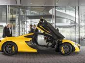 Como siente manejar carro millones alrededor York McLaren