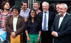 10 escritores peruanos para seguir en twitter