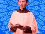 historia amor entre joven sacerdote monaguillo