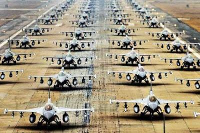 """La armada y avasalladora """"industria de defensa""""."""