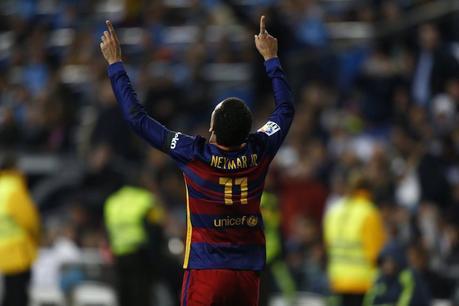 Andrés Iniesta, ovación en el Bernabéu