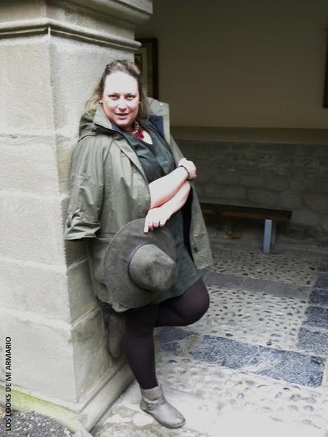 http://www.loslooksdemiarmario.com/2015/11/cypres-look-curvy.html