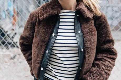 Soho-NY-Faux_Fur_Jacket-Sandro-Levis-Ladies_in_Levis-Outfit-Striped-Top-Outfit-Street_Style-56