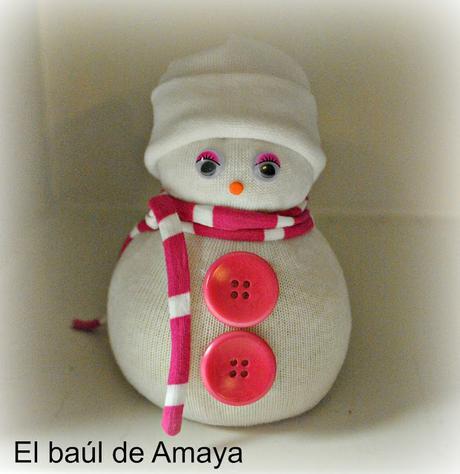 Mu ecos de nieve con calcetines paperblog - Hacer munecos con calcetines ...