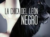 chica león negro