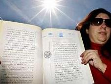 gallega proclama dueña ante notario