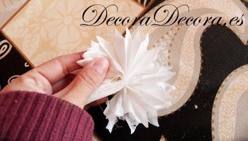 hacer adornos de navidad en forma de estrellas con papel
