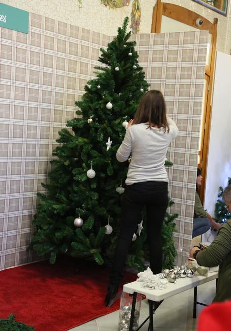 Nuestro rbol de navidad para un orfanato gracias a leroy - Arbol navidad leroy ...