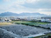 Nissan emplea energías renovables para reducir emisiones CO2.