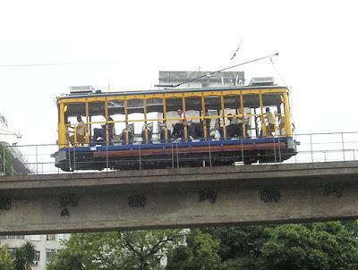 El tranvía (bondinho), Barrio Santa Teresa, Rio de Janeiro, Brasil, La vuelta al mundo de Asun y Ricardo, round the world, mundoporlibre.com