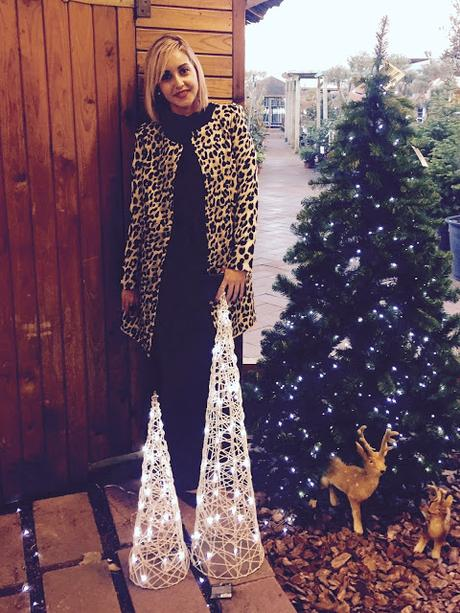 Christmas Outfit: Black & Animal Print