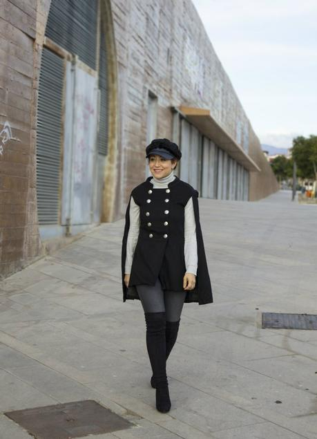 Look con Capa y botas por encima de la rodilla- Cape outfit with OTKB