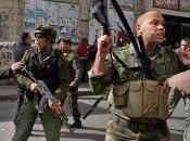 """""""VERBICIDIO: MAYORDOMOS GUERRA LENGUAJE"""" COMO RESISTIRSE LENGUAJE POLÍTICO ODIO ESTUPIDEZ, Mourid Barghouti)"""