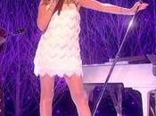 Kylie interpretó 'Winter Wonderland' show Graham Norton