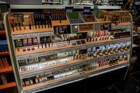 Navidad en Benefit Cosmetics