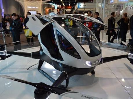 Ehang 184, el dron que transporta humanos, sorprende en CES 2016