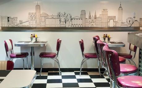 Skyline diner hamburguesas de calidad buen precio y buen for Sofas de calidad a buen precio