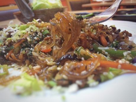 cocina coreana, restaurante coreanoen madrid, restaurante maru, kimchi, cocina asiatica, comida coreana