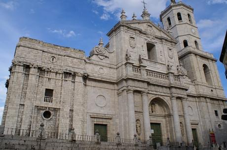 valladolid debate essay Is there any surviving record of what exactly was said in the valladolid debate in 1550  even mentions the definite article in its lengthy essay on the borough .
