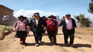 En Yauyos: CONTINUA CONSTRUCCIÓN DE CARRETERA PAMPA ROSARIO – ESMERALDA…
