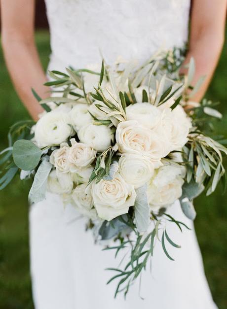 ramo novia rosas y olivo