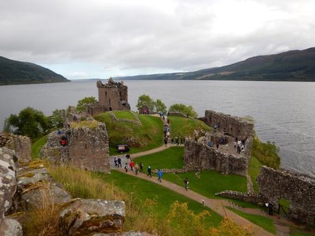 Las ruinas del castillo de Urquhart (Escocia)