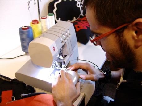 Artesanía 100% Made in Barcelona , Cojines Comodios se reinventan dia a dia.