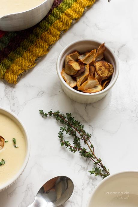 Crema de tupinambo con tomillo y chips