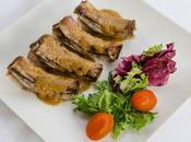 Costillas cerdo asadas salsa barbacoa